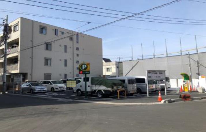 三井のリパーク 登戸駅前第8駐車場
